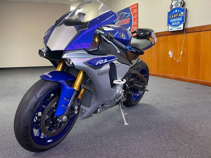 2015 Yamaha YZF-R1 for sale at Mack 1 Motors in Fredericksburg VA