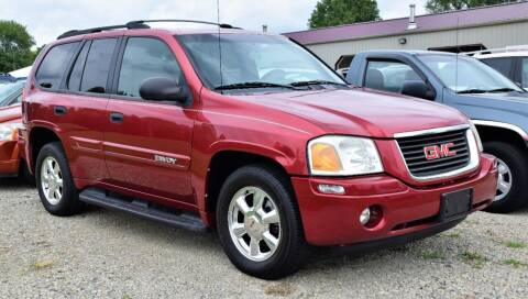 2004 GMC Envoy for sale at PINNACLE ROAD AUTOMOTIVE LLC in Moraine OH