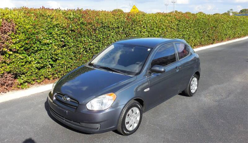 2010 Hyundai Accent for sale at Performance Autos of Southwest Florida in Fort Myers FL