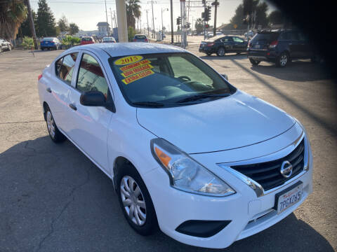 2015 Nissan Versa for sale at Honest Auto Sales in Tracy CA