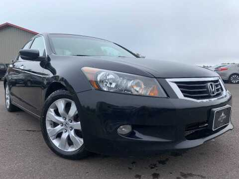 2008 Honda Accord for sale at LUXURY IMPORTS in Hermantown MN