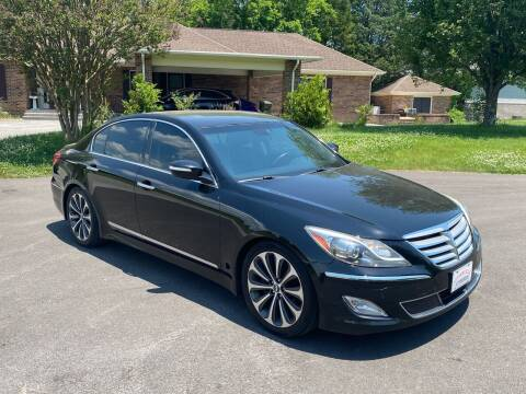 2012 Hyundai Genesis for sale at Sevierville Autobrokers LLC in Sevierville TN