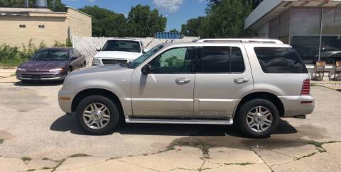 2003 Mercury Mountaineer for sale at Velp Avenue Motors LLC in Green Bay WI
