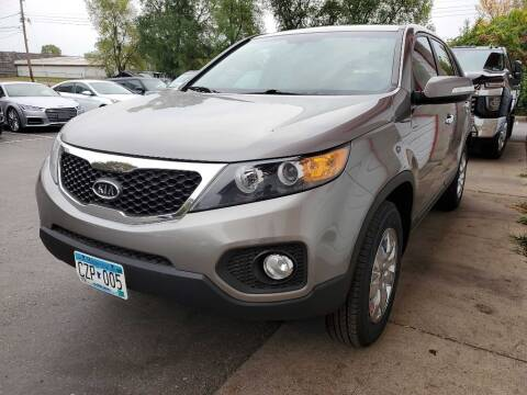 2013 Kia Sorento for sale at MIDWEST CAR SEARCH in Fridley MN