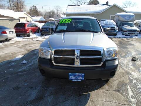 2005 Dodge Dakota for sale at DISCOVER AUTO SALES in Racine WI