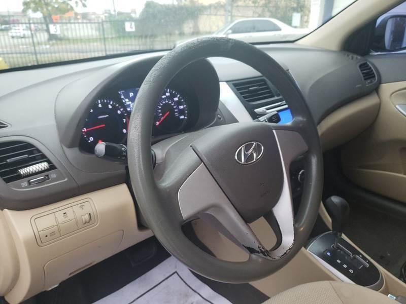 2013 Hyundai Accent GLS 4dr Sedan - Dallas TX