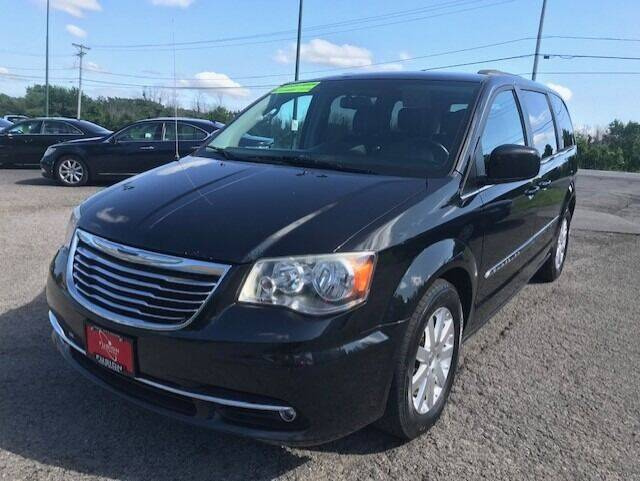 2013 Chrysler Town and Country for sale at FUSION AUTO SALES in Spencerport NY