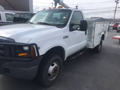 2007 Ford F-350 Super Duty for sale at Blue Bird Motors in Crossville TN