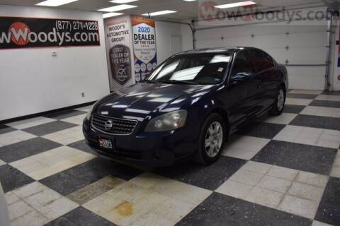 2005 Nissan Altima for sale at WOODY'S AUTOMOTIVE GROUP in Chillicothe MO
