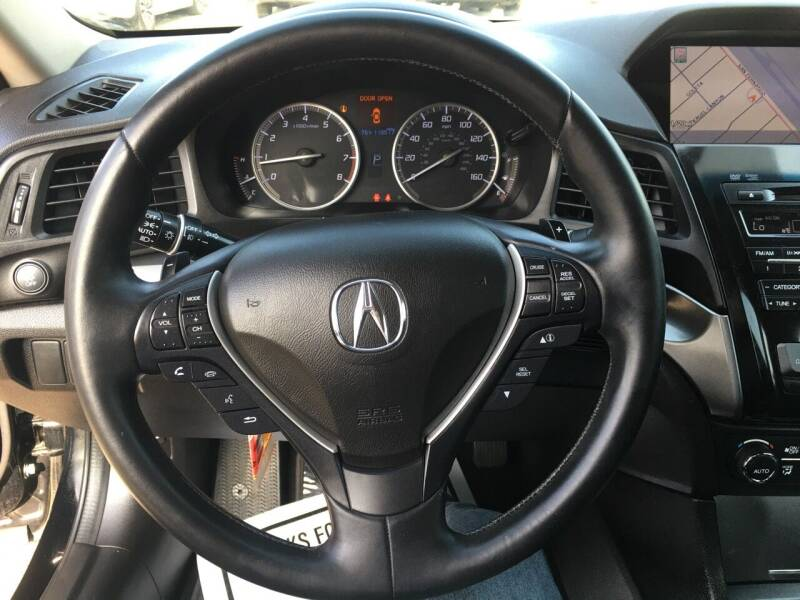 2014 Acura ILX 2.0L 4dr Sedan w/Technology Package - Pacoima CA