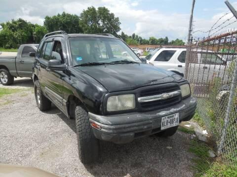 2001 Chevrolet Tracker for sale at SCOTT HARRISON MOTOR CO in Houston TX