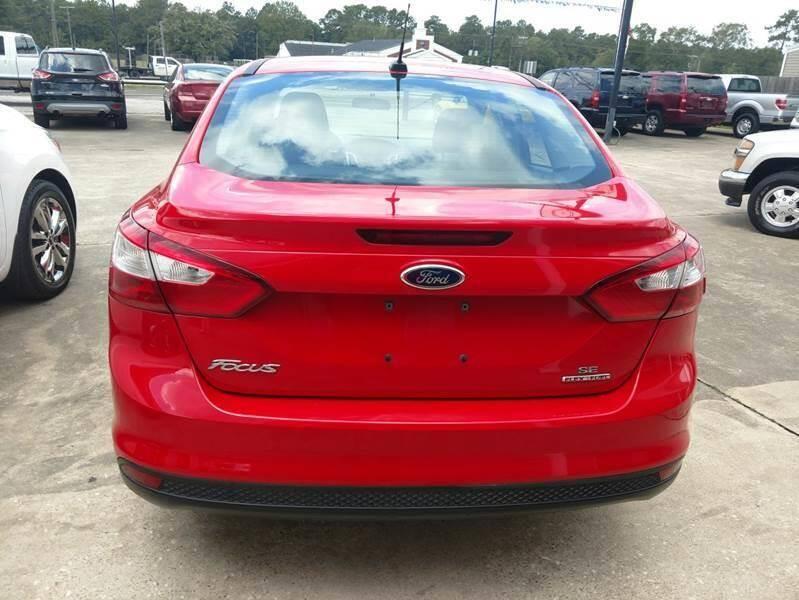 2014 Ford Focus SE 4dr Sedan - Lumberton TX