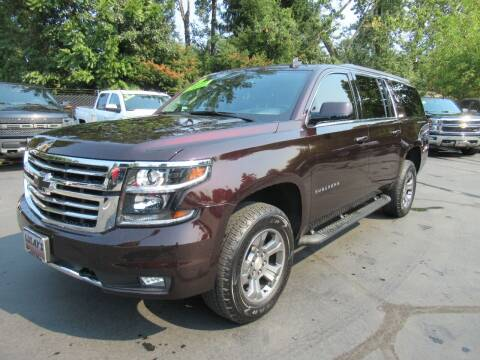 2020 Chevrolet Suburban for sale at LULAY'S CAR CONNECTION in Salem OR