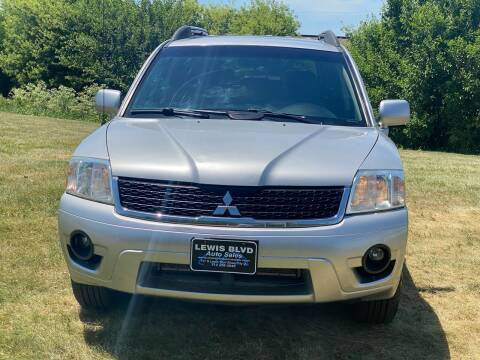 2010 Mitsubishi Endeavor for sale at Lewis Blvd Auto Sales in Sioux City IA