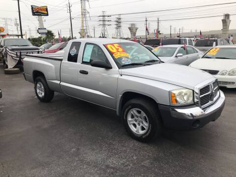 2005 Dodge Dakota for sale at Texas 1 Auto Finance in Kemah TX