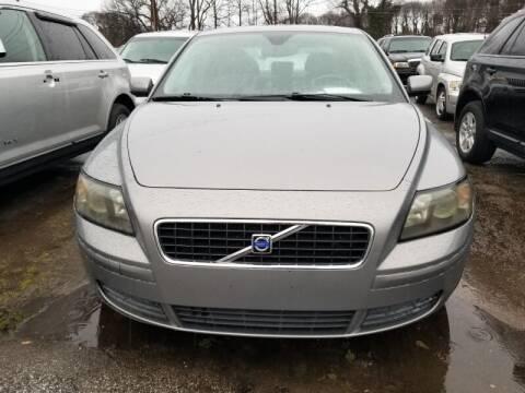 2004 Volvo S40 for sale at DREWS AUTO SALES INTERNATIONAL BROKERAGE in Atlanta GA