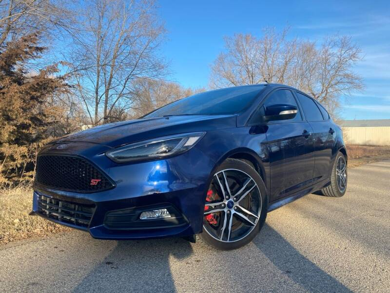 2017 Ford Focus for sale at RUS Auto LLC in Shakopee MN