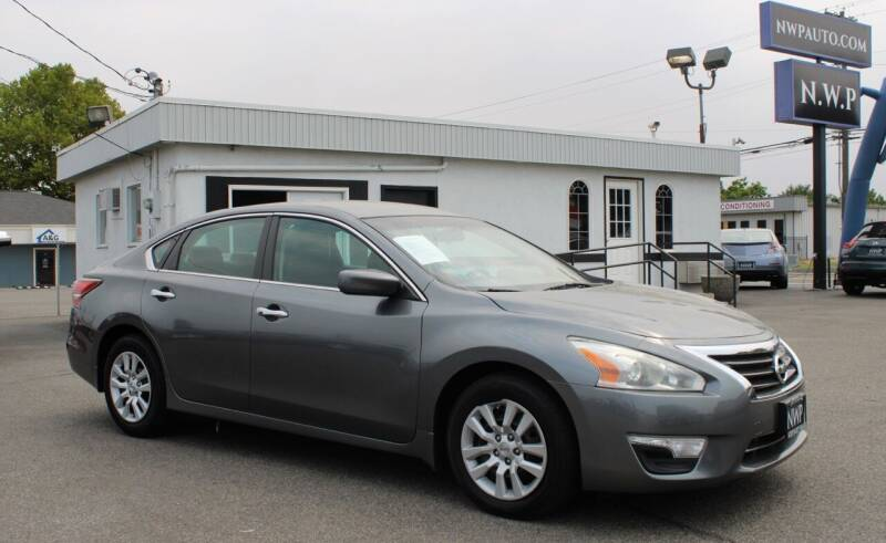 2015 Nissan Altima for sale at Northwest Premier Auto Sales in West Richland WA