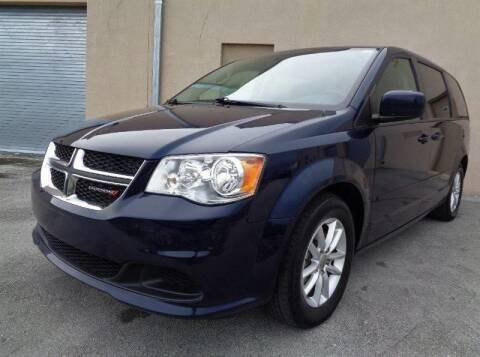 2016 Dodge Grand Caravan for sale at Selective Motor Cars in Miami FL