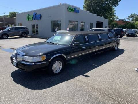 2000 Lincoln Town Car for sale at Car One in Essex MD
