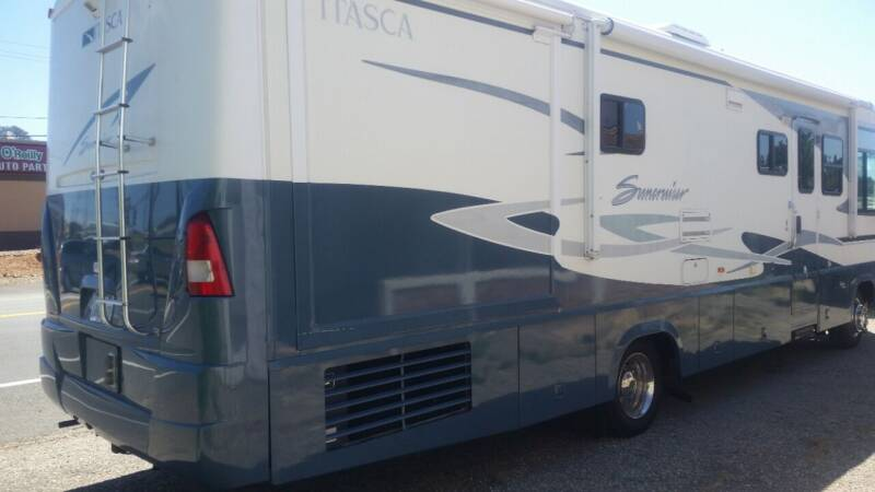 2003 Winnebago m33 itasc for sale at Mountain Auto in Jackson CA