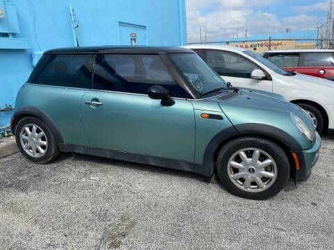 2002 MINI Cooper for sale at Car Girl 101 in Oakland Park FL