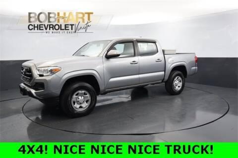 2017 Toyota Tacoma for sale at BOB HART CHEVROLET in Vinita OK