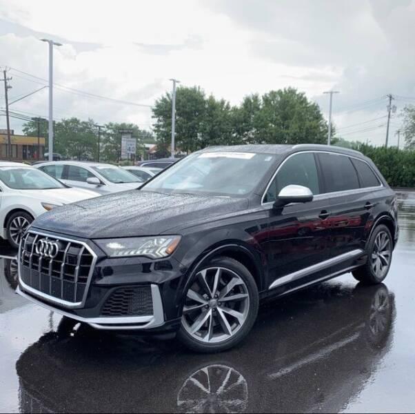 2020 Audi SQ7 for sale in Hartville, OH
