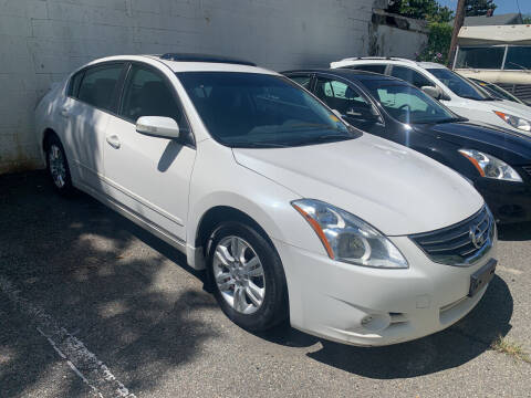 2012 Nissan Altima for sale at UNION AUTO SALES in Vauxhall NJ