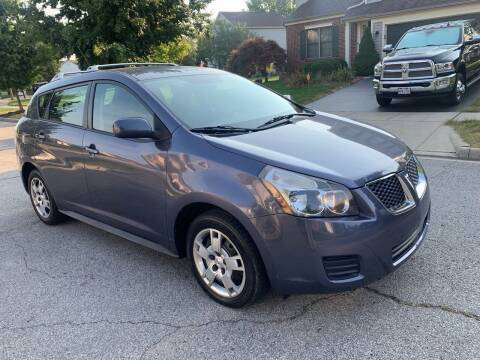 2009 Pontiac Vibe for sale at Via Roma Auto Sales in Columbus OH