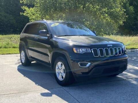 2017 Jeep Grand Cherokee for sale at Betten Baker Preowned Center in Twin Lake MI