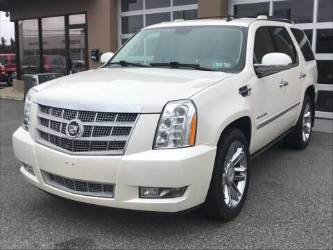 2011 Cadillac Escalade for sale at MAGIC AUTO SALES in Little Ferry NJ
