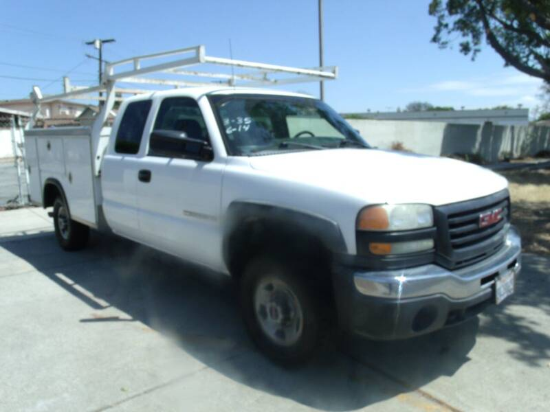 2007 GMC Sierra 2500HD Classic for sale at Hollywood Auto Brokers in Los Angeles CA