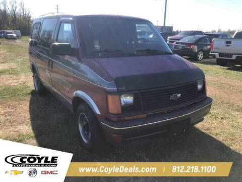 1990 Chevrolet Astro for sale at COYLE GM - COYLE NISSAN - New Inventory in Clarksville IN
