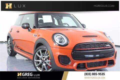 2019 MINI Hardtop 2 Door for sale at HGREG LUX EXCLUSIVE MOTORCARS in Pompano Beach FL