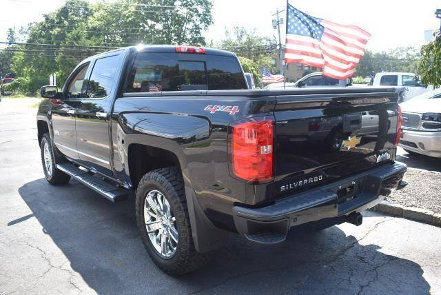 "2015 Chevrolet Silverado 1500 4WD Crew Cab 143.5"" High Country - St James NY"
