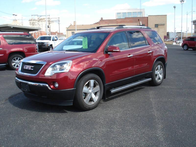 2011 GMC Acadia for sale at Shelton Motor Company in Hutchinson KS
