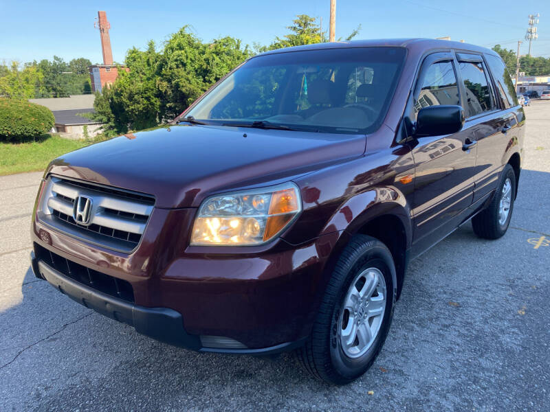 2007 Honda Pilot for sale at D'Ambroise Auto Sales in Lowell MA