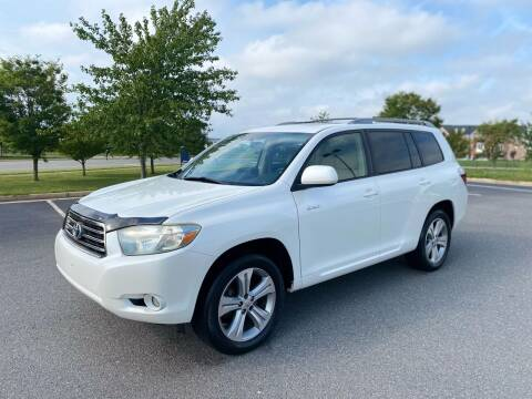 2008 Toyota Highlander for sale at Super Bee Auto in Chantilly VA