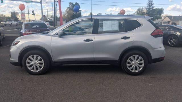 2017 Nissan Rogue for sale at Alvarez Auto Sales in Kennewick WA