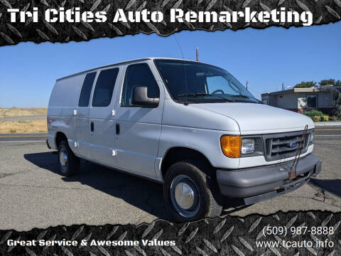 2006 Ford E-Series Cargo for sale at Tri Cities Auto Remarketing in Kennewick WA