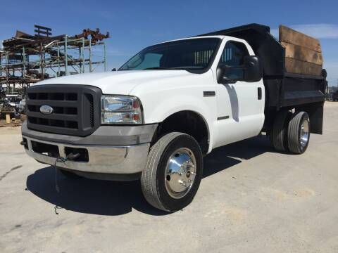 2005 Ford F-250 Super Duty for sale at CousineauCars.com in Appleton WI
