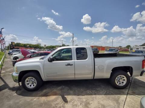 2012 Chevrolet Silverado 1500 for sale at BIG 7 USED CARS INC in League City TX
