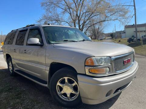 2004 GMC Yukon XL for sale at Trocci's Auto Sales in West Pittsburg PA