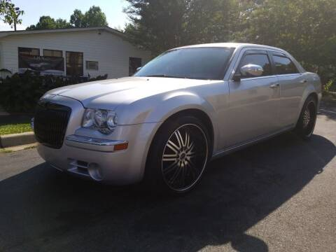 2005 Chrysler 300 for sale at TR MOTORS in Gastonia NC