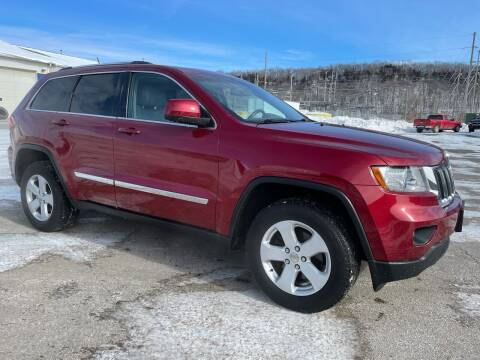 2013 Jeep Grand Cherokee for sale at Kuhn Enterprises, Inc. in Fort Atkinson IA