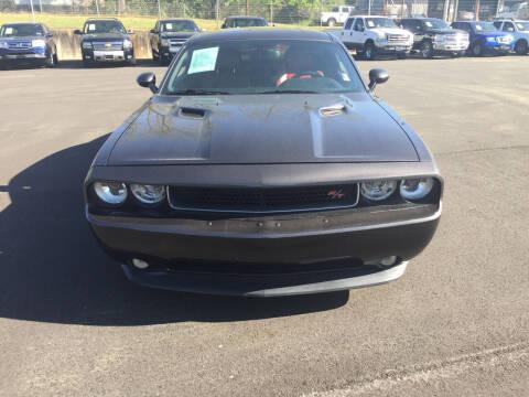 2013 Dodge Challenger for sale at Beckham's Used Cars in Milledgeville GA