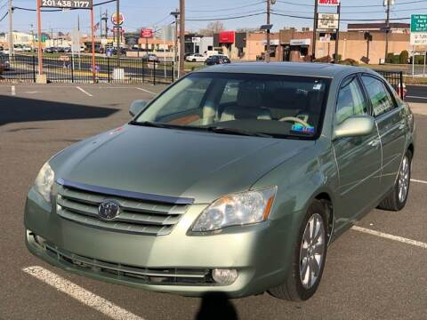 2006 Toyota Avalon for sale at MAGIC AUTO SALES in Little Ferry NJ