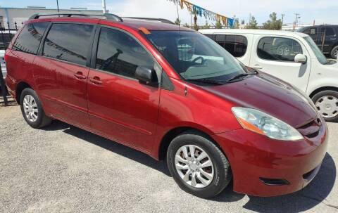 2007 Toyota Sienna for sale at 4 U MOTORS in El Paso TX