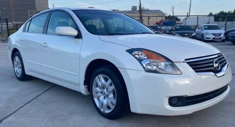2009 Nissan Altima for sale at DYNAMIC AUTO GROUP in Houston TX